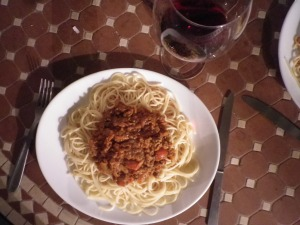 bordeaux wine with bolognese