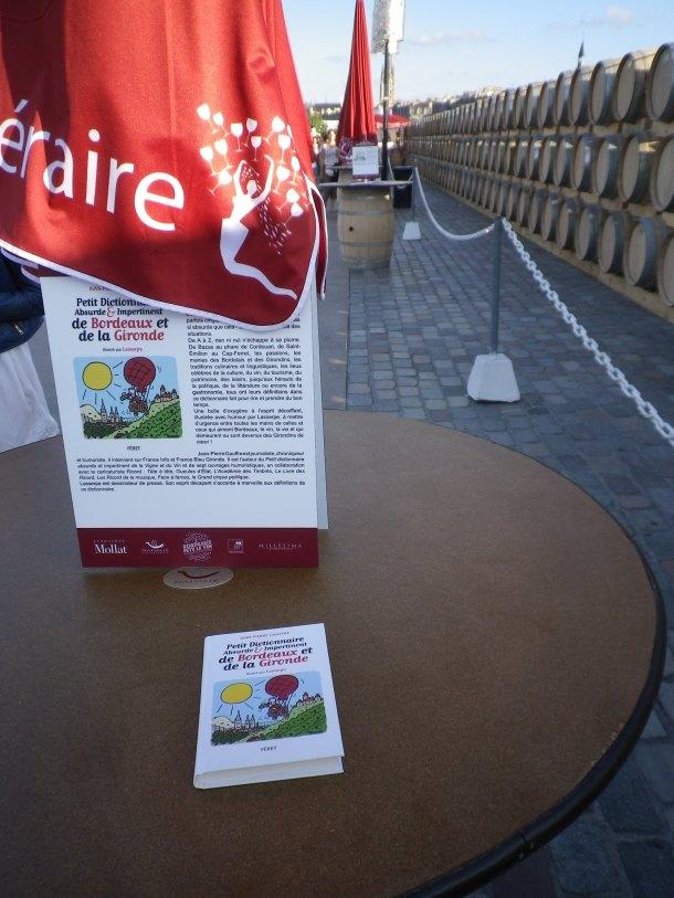 bordeaux fete le vin outdoor reading area