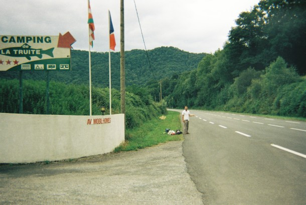 hitchhiking basque country la truite camping